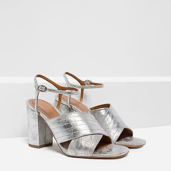 5942f14cd8 NWT ZARA SILVER METALLIC CROSSOVER HEELED SANDALS NWT